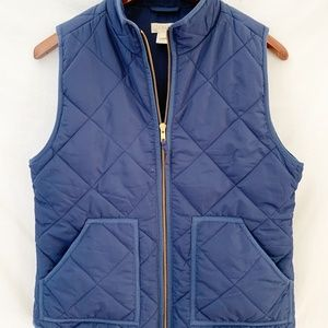Like NEW J Crew quilted navy vest size small